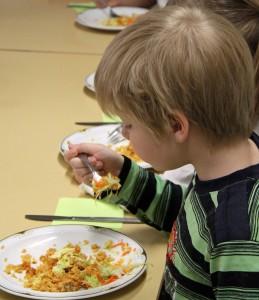 Gut essen gehört zum Angebot von Paaudzes. Fotos: Henze