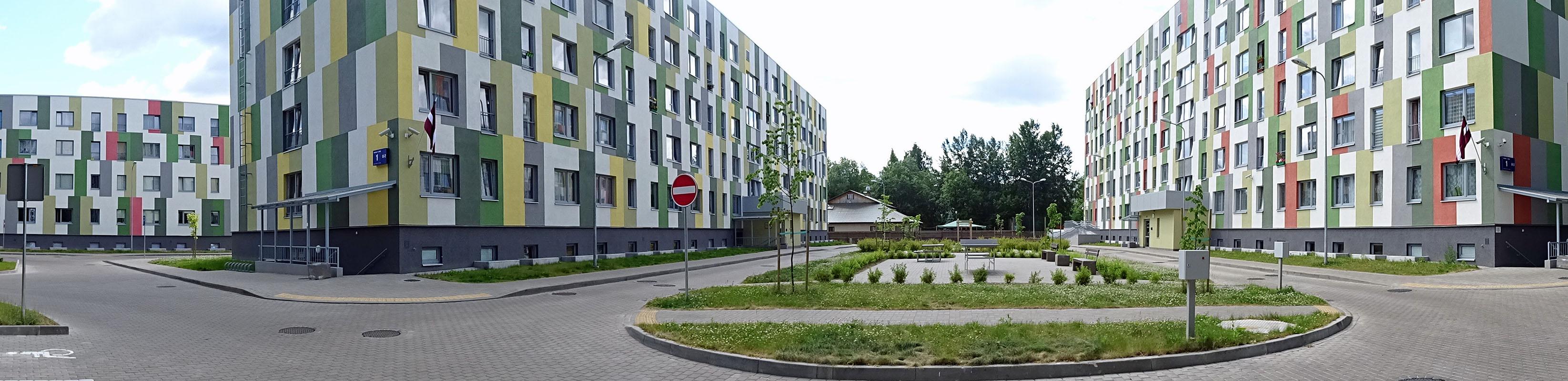 Neue Sozialwohnungen mit einem Tagestreff als Zentrum. Fotos: Henze